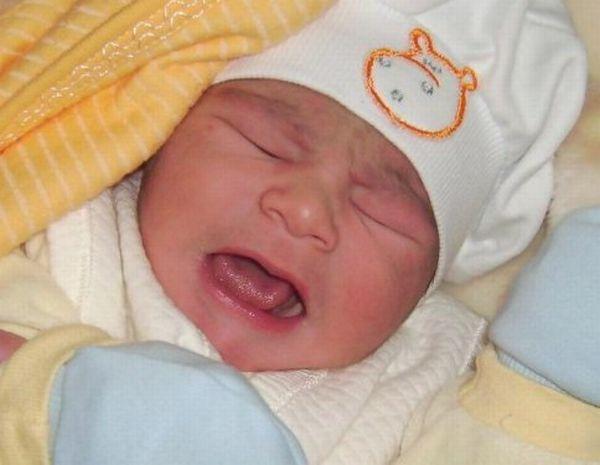 Ağlayan Bebekler İçin Kuran Ayetleri ve Dualar